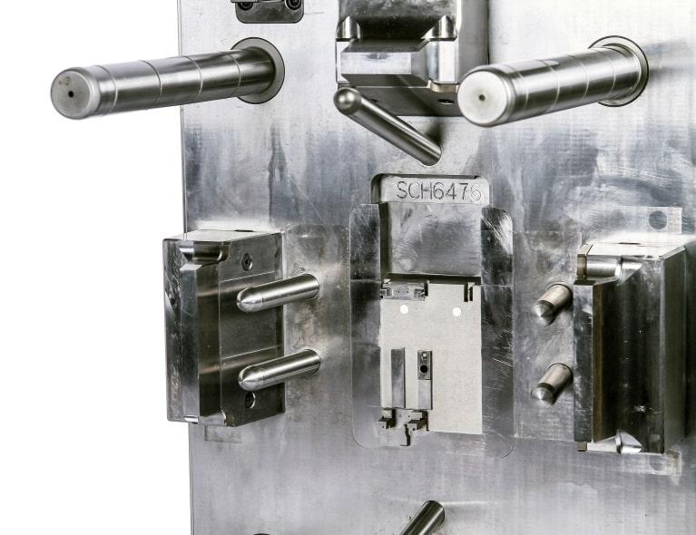 Moules injection plastique ECOM